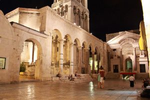 Palazzo di Diocleziano - Viaggi tra le righe - Blog di Antonio Rotundo
