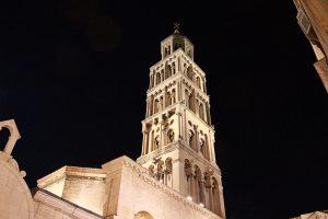 Campanile Palazzo di Diocleziano - Viaggi tra le righe - Blog di Antonio Rotundo