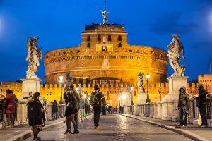 Castel Sant'Angelo fotografato da ponte Sant'Angelo, ecco cosa vedere a Roma in tre giorni