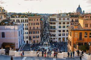 Piazza di Spagna vista da Trinità dei Monti, ecco cosa vedere a Roma in tre giorni