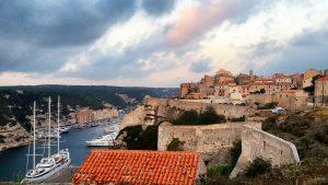 Bonifacio-8-300x169 5 motivi per visitare la Corsica