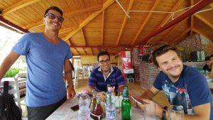 Tour in Albania - Ristorante a Ksamil - Viaggi tra le Righe - Blog di Antonio Rotundo