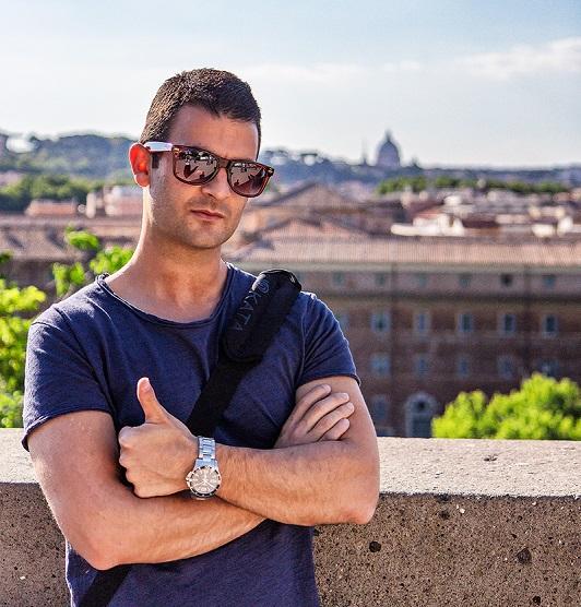 Antonio Rotundo - Viaggi tra le righe