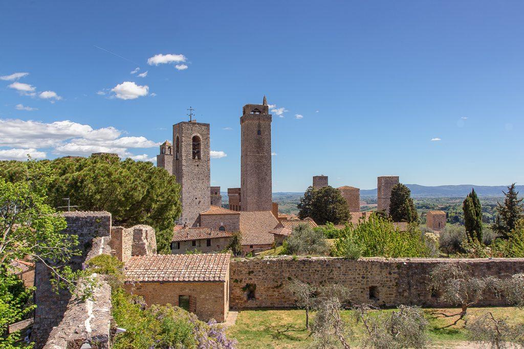 le torri di San Gimignano viste dalla Rocca di Montestaffoli, ecco cosa vedere a San Gimignano.