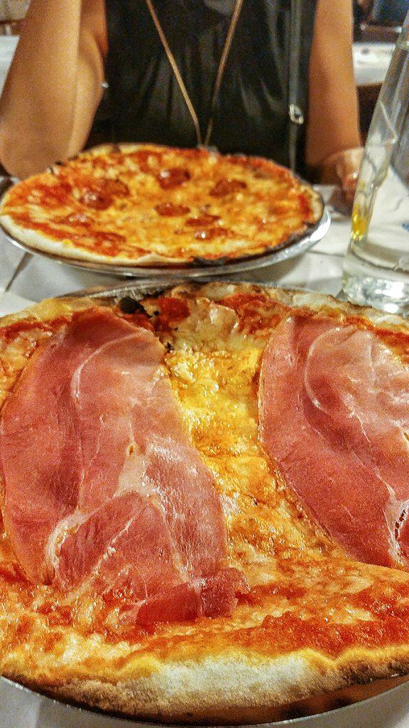 Pizza romana della pizzeria Da Baffetto