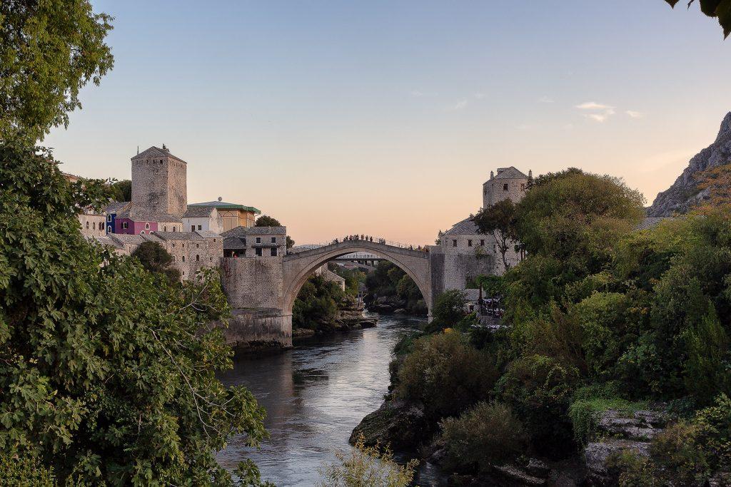 tramonto sul ponte Stari Most di Mostar
