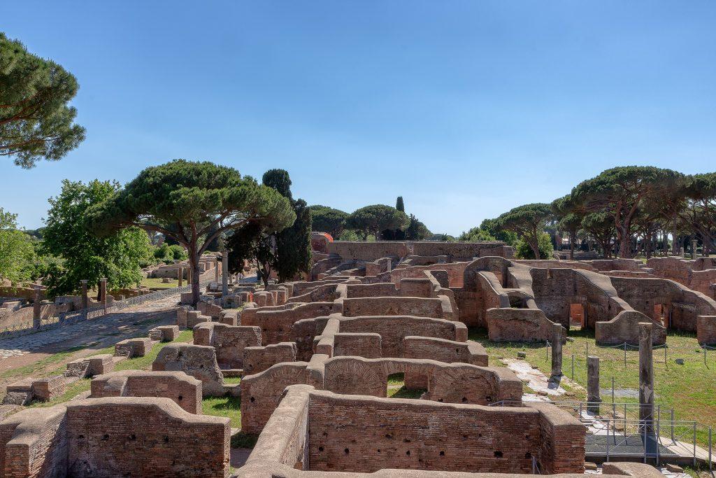 Terme di Nettuno viste dall'alto a Ostia Antica