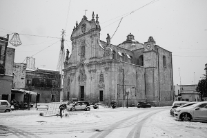 Uggiano la Chiesa sotto la neve